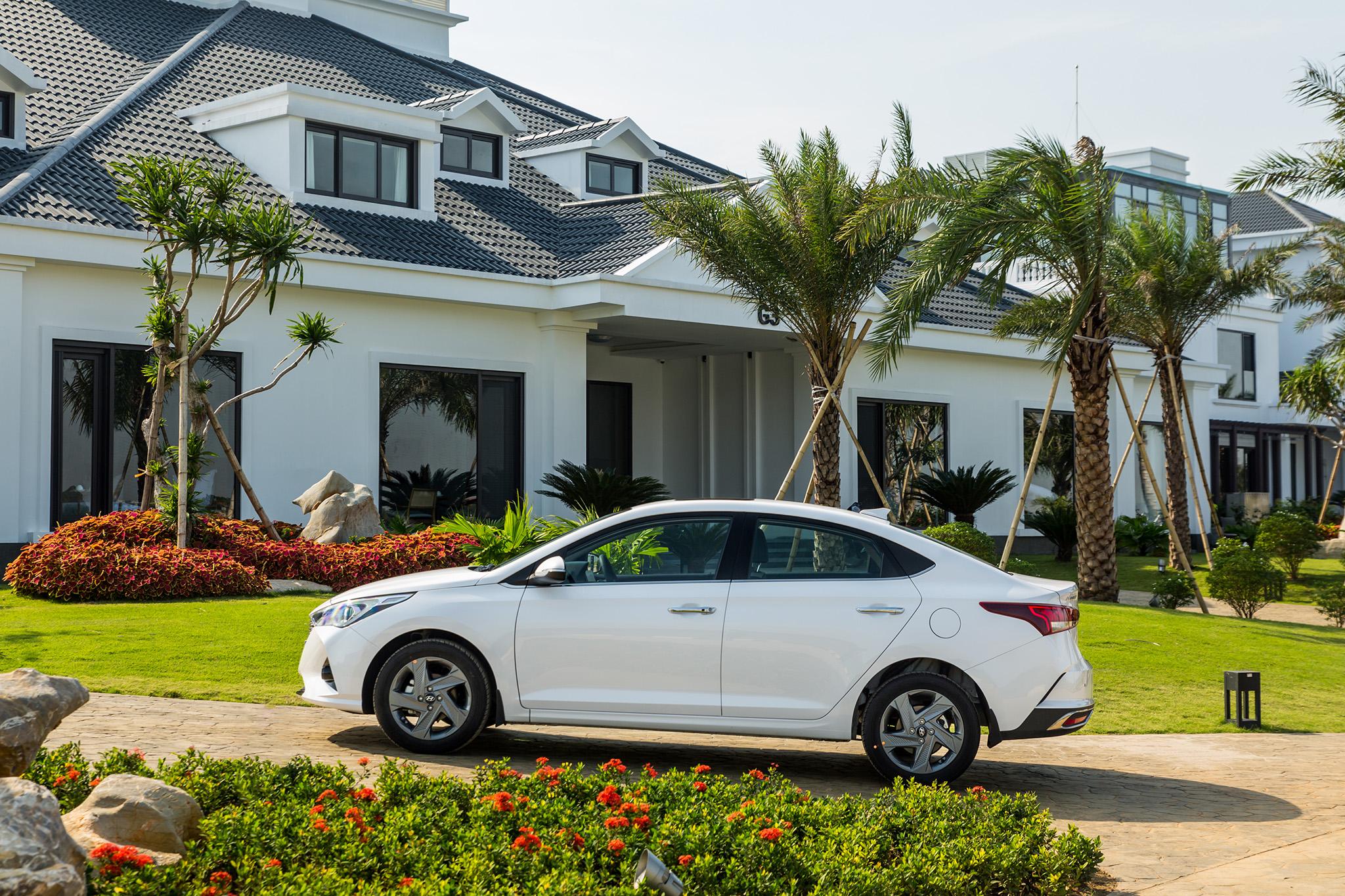 Hyundai Vinh giới thiệu Hyundai Accent 2021 giá từ 426,1 triệu đồng Hyundai-accent-2021-1